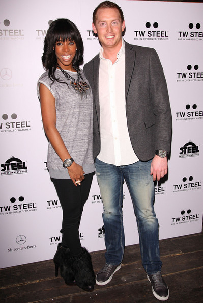 More Pics of Kelly Rowland Long Curls with Bangs (1 of 31) - Long Curls with Bangs Lookbook - StyleBistro []