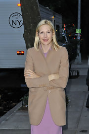 Kelly Rutherford kept bundled up in this chic cross between a blazer and a coat.