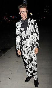 Brad Goreski looked stylish as heck in this dapper print suit at the CFDA Fashion Awards.