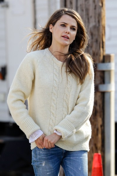 More Pics of Keri Russell Crewneck Sweater (1 of 18) - Crewneck Sweater Lookbook - StyleBistro
