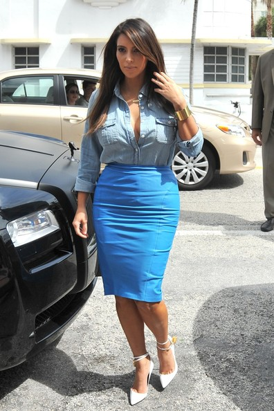 Kim Kardashian shopping in Miami 2