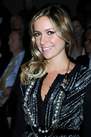 Kristin showed off a vintage pearl layered necklace, which she paired wit a Luca Luca tweed jacket.
