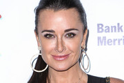 Kyle Richards Metallic Eyeshadow