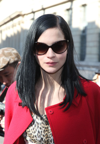Long Straight Cut, Long Hairstyle 2011, Hairstyle 2011, New Long Hairstyle 2011, Celebrity Long Hairstyles 2044