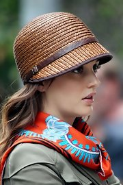 All right, we're already obsessed with Blair's headwear on the upcoming season of 'Gossip Girl.'