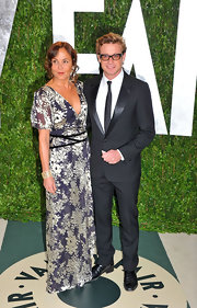 Rebecca Rigg looked lovely in this romantic floral evening gown at the 2012 Vanity Fair Oscar Party.