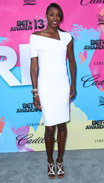 Lisa Leslie Clothes