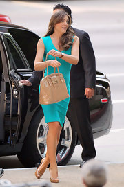 Elizabeth Hurley turned up the heat in nude patent platform peep toes, which she teamed with a vibrant turquoise dress.