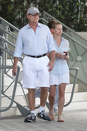 Kelsey Grammer matched his fiancee's look with this blue button-down and white shorts combo.