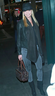 Jaime Pressly sported funky skinny jeans with a fishnet print while attending the Have a Heart Foundation event in LA.