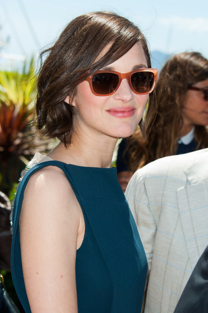 More Pics Of Marion Cotillard Short Wavy Cut 8 Of 26 Short Hairstyles Lookbook Stylebistro