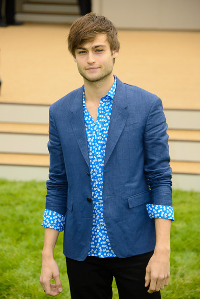 More Pics of Douglas Booth Skinny Pants (2 of 2) - Douglas Booth Lookbook - StyleBistro