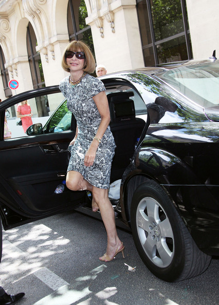 More Pics of Anna Wintour Strappy Sandals (1 of 4) - Anna Wintour Lookbook - StyleBistro