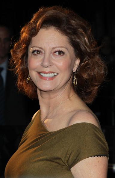 Susan Sarandon\'s Reddish-Brown Curls - Haute Hairstyles for Women ...