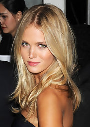 Erin Heatherton wore her long blonde hair tousled with a messy center part at the 2012 amfAR Gala.
