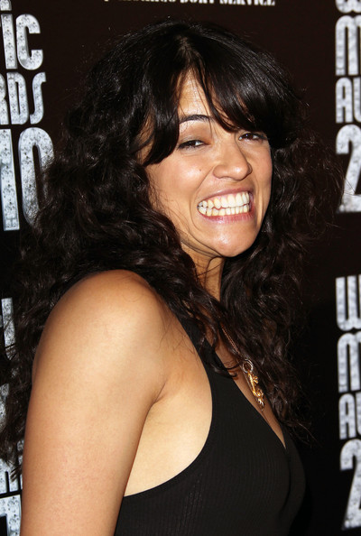 Michelle Rodriguez Long Curls with Bangs []