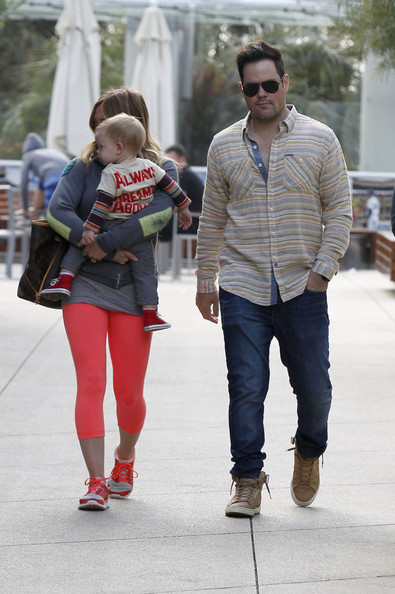 Mike Comrie Clothes