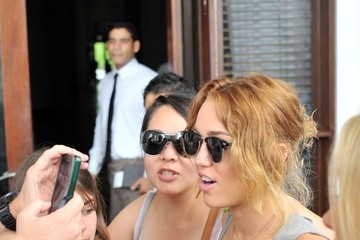 Miley Cyrus Brandi Cyrus The Cyrus Family Out and About in Miami 3