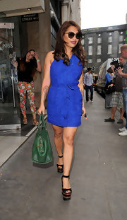Vanessa White went for a bright blue frock while out with fellow band members from The Saturdays.