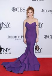 Bernadette Peters was a vision at the Tony Awards in this vibrant purple mermaid dress.