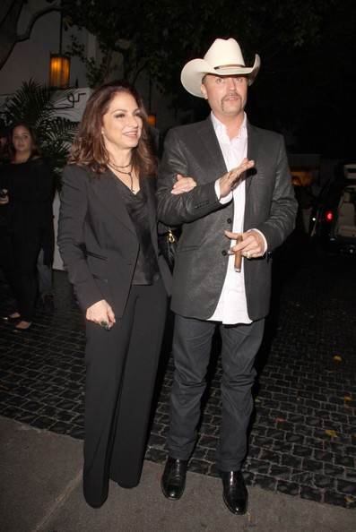 More Pics of Gloria Estefan Leather Shoulder Bag (3 of 15) - Gloria Estefan Lookbook - StyleBistro