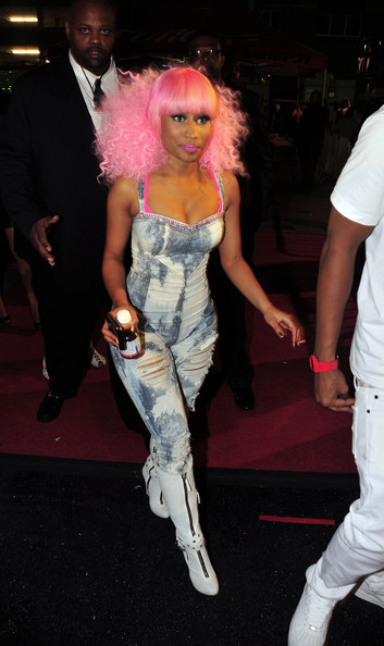 Nicki Minaj Medium Curls with Bangs
