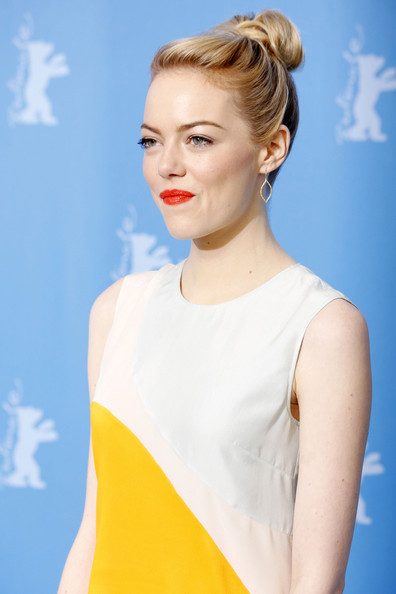 More Pics of Emma Stone Cocktail Dress (2 of 7) - Emma Stone Lookbook - StyleBistro