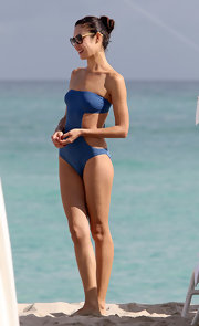 Olga showed off her bikini bod in the middle of winter wearing this cutout strapless swimsuit in Miami.