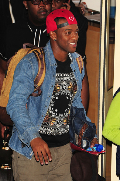 Oritse Williams Clothes