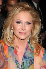 Kathy Hilton attended the Oxygen Media Upfronts wearing a high-volume wavy hairstyle.