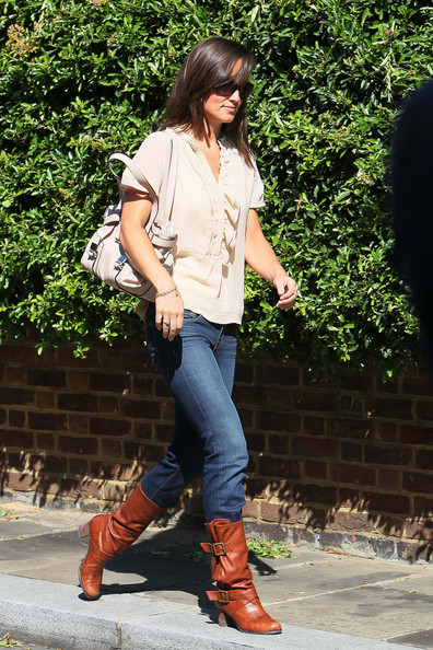 Pippa Middleton Medium Straight Cut with Bangs