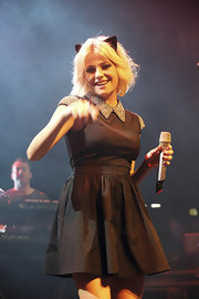 Pixie Lott danced onstage in a sweet black cocktail dress with a jeweled Peter Pan collar and cap sleeves.