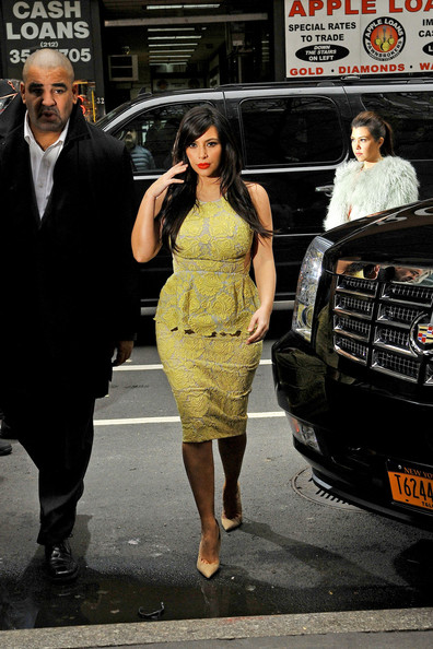 More Pics of Kim Kardashian Cocktail Dress (4 of 6) - Dresses & Skirts Lookbook - StyleBistro