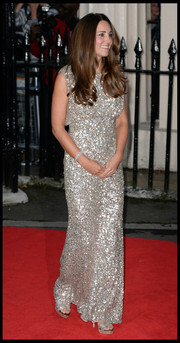 Kate Middleton looked like a glamour queen in her silver sequined gown at the Tusk Trust Awards.