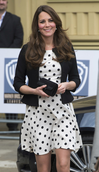 More Pics of Kate Middleton Print Dress (1 of 25) - Dresses & Skirts Lookbook - StyleBistro