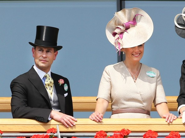 More Pics of Sophie Countess of Wessex Decorative Hat (1 of 2) - Sophie Countess of Wessex Lookbook - StyleBistro