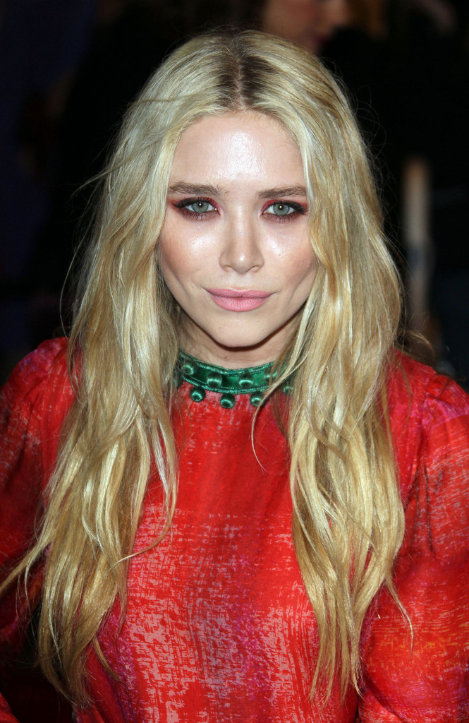 Radiant Ruby Mary Kate Olsen All The Jewels Celebrity