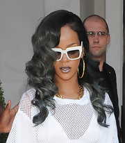Rihanna rocked glam curls with a twist — this time her locks were gray!