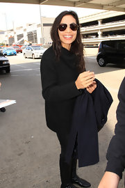 Rosario Dawson showed she can rock a casual look too when she sported this oversized black turtleneck sweater.