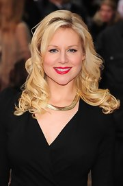 Abi Titmuss wore long glossy curls for the London premiere of 'The Dictator.'
