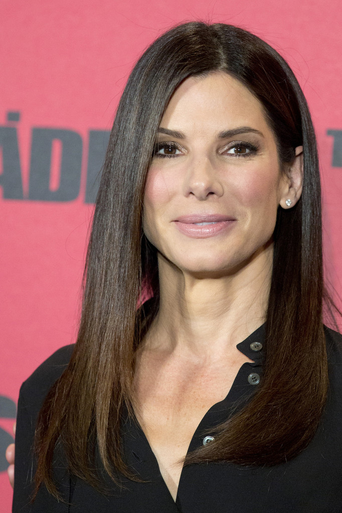Sandra bullock short haircut