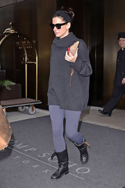 Sandra Bullock dined out in a pair of flat black mid-calf boots.