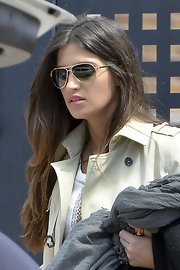 Rocking a serious pair of stunner shades, Sara looks, well, stunning, in these aviators.