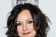Sara Gilbert Medium Curls