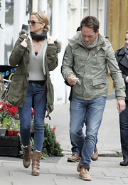 Sarah Harding made a case for the military style in an olive canvas jacket and shearling boots.