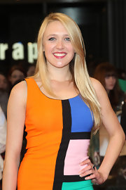 Emily Head arrived for the 'Avengers' premiere wearing her hair in long sleek layers.