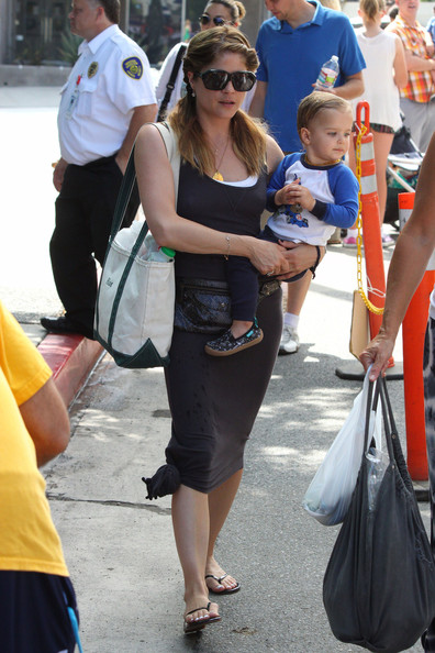 Selma Blair Takes Her Son to the Petting Zoo — Part 2