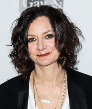 Sara Gilbert wore her hair in a cute curled-out bob at the Evening with Women gala.