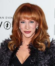 Kathy Griffin went for a retro look with this high-volume curly 'do with blunt bangs at the Evening with Women gala.