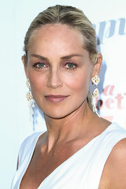 Sharon Stone kept her evening look sleek and classy from head to toe when she chose a slicked back ponytail.